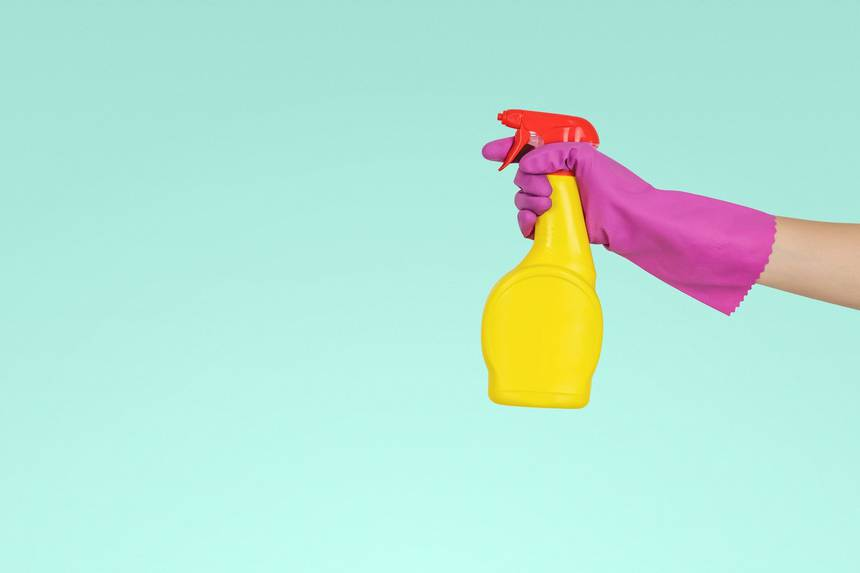 cleaning_spray_bottle.jpeg.860x0_q70_crop-scale.jpg